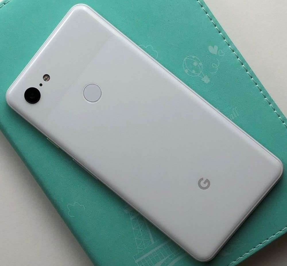 Download Google Pixel 3 XL Stock Wallpapers from Leaked Images
